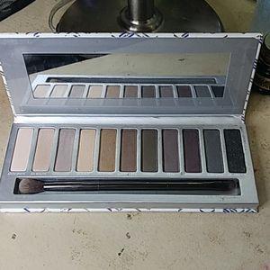 Julep RSVP eyeshadow palette